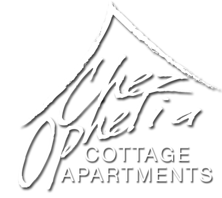 Chez Ophelia Cottage Apartments